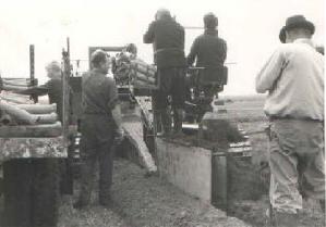 Het leggen van aarde potten, 1968